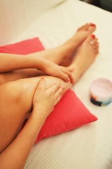 woman-legs-relaxation-beauty-medium
